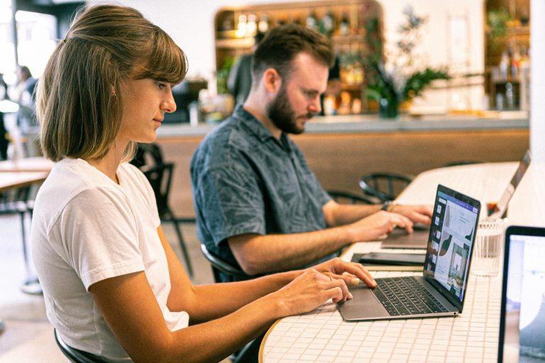 startup, business, digital marketing agency, web marketing, marketing d'influence, agence de communication digitale